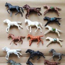 Figuras de Goma y PVC: LOTE 23 CABALLOS DISTINTAS MARCAS. Lote 251033470