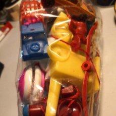 Figuras de Goma y PVC: SUPER BOLSA JUGUETES KIOSKO Y OTROS(PITÓ TREN, MONO PINZA, PARACA, BASKET OBERTOYS, REIGON, ETC). Lote 251092025