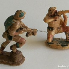 Figuras de Goma y PVC: COMANSI REAMSA JECSAN LAFREDO BRUBER 2 FIGURAS PECH AÑOS 60 SOLDADOS. Lote 251547890