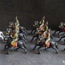 Figuras de Goma y PVC: TEIXIDO DESFILE ESPAÑOLES A CABALLO. Lote 251560105