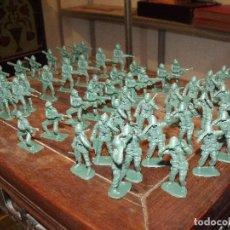 Figuras de Goma y PVC: 53 FIGURAS AÑOS 70 SOLDADOS SOLDADITOS 5 CMS ALTO MARINES USA IGNORO FABRICANTE 6 POSES DIFERENTES. Lote 251725575
