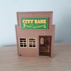 Figuras de Goma y PVC: CITY BANK, JECSARAMAS. JECSAN. Lote 252153550