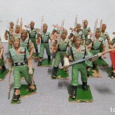 Figuras de Goma y PVC: DESFILE DE 16 LEGIONARIOS. VER FOTOS.. Lote 252164690