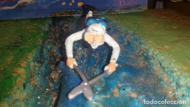 Figuras de Goma y PVC: Submarinista - Foto 2 - 252346760