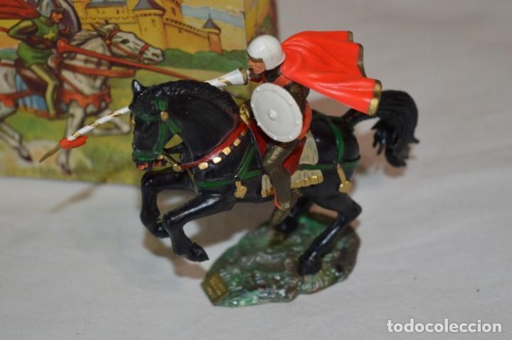 Figuras de Goma y PVC: CHEVAL NOIR - STARLUX ANCIEN - Ref 6101 Lance et cape sur cheval cabré / Buen estado ¡Difícil, mira! - Foto 3 - 252463155