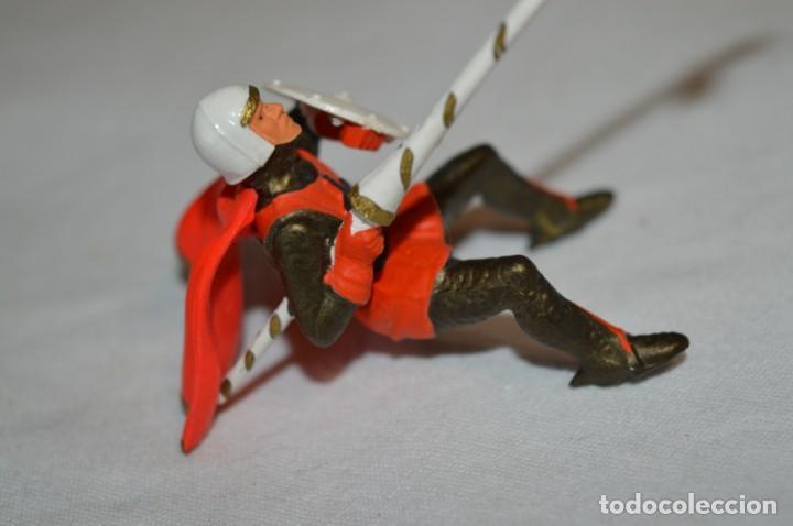 Figuras de Goma y PVC: CHEVAL NOIR - STARLUX ANCIEN - Ref 6101 Lance et cape sur cheval cabré / Buen estado ¡Difícil, mira! - Foto 6 - 252463155