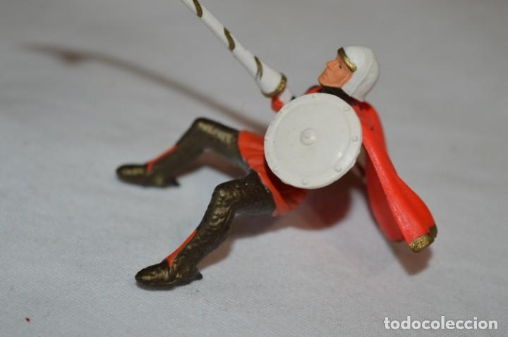 Figuras de Goma y PVC: CHEVAL NOIR - STARLUX ANCIEN - Ref 6101 Lance et cape sur cheval cabré / Buen estado ¡Difícil, mira! - Foto 8 - 252463155