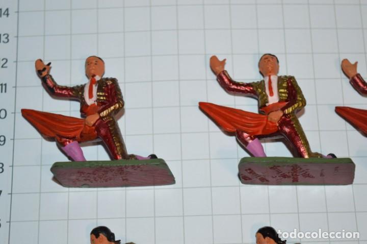 Figuras de Goma y PVC: STARLUX Antiguo - Lote de 8 toreros - Años 60 / Muy buen estado ¡Mira fotos y detalles! - Foto 2 - 252467965