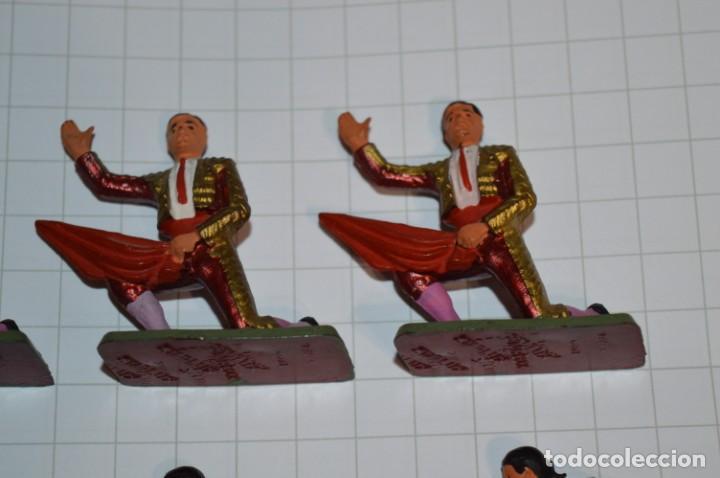 Figuras de Goma y PVC: STARLUX Antiguo - Lote de 8 toreros - Años 60 / Muy buen estado ¡Mira fotos y detalles! - Foto 3 - 252467965