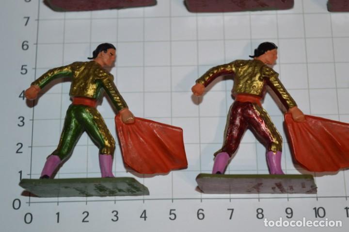 Figuras de Goma y PVC: STARLUX Antiguo - Lote de 8 toreros - Años 60 / Muy buen estado ¡Mira fotos y detalles! - Foto 8 - 252467965