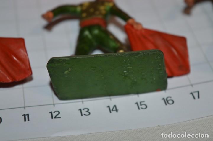Figuras de Goma y PVC: STARLUX Antiguo - Lote de 8 toreros - Años 60 / Muy buen estado ¡Mira fotos y detalles! - Foto 10 - 252467965