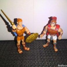 Figuras de Goma y PVC: HERCULES Y GUERRERO GRIEGO DE HEROES DISNEY DE FAMOSA. Lote 252551760
