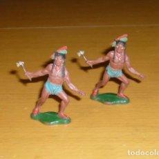 Figuras de Goma y PVC: TEIXIDO LOTE 2 FIGURAS INDIOS CON HACHA EN GOMA. Lote 253020260