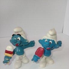 Figuras de Goma y PVC: PITUFO COMIENDO HELADO Y SU DOBLE FALSO, FAKE, SIN MARCA. SHLEICH1978. Lote 253243645