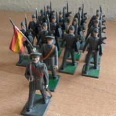 Figuras de Goma y PVC: REAMSA 18 FIGURAS EJÉRCITO DEL AIRE DESFILANDO. Lote 253322490