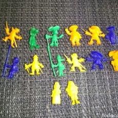 Figuras de Goma y PVC: 14 FIGURAS DUNKIN DARTACAN Y LOS TRES MOSQUEPERROS AMIS PORTOS DOGOS AÑOS 80 SERIES TV. Lote 253520550