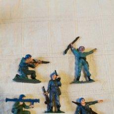 Figuras de Goma y PVC: LOTE SOLDADOS JECSAN CASCOS AZULES PINTADOS. Lote 253707535