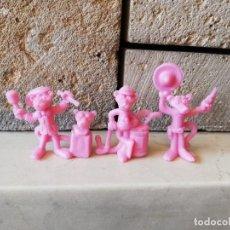 Figuras de Goma y PVC: 3 FIGURAS DUNKIN PANTERA ROSA BIMBO 1996 YOLANDA. Lote 254097250