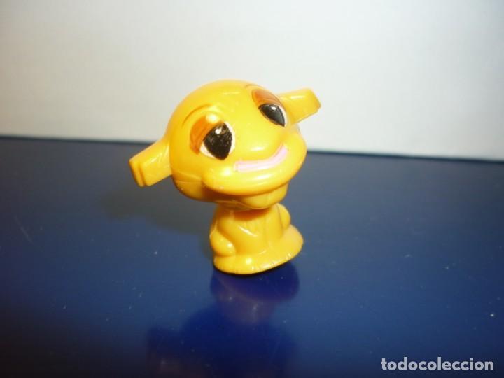 FIGURA KINDER - LEÓN (Juguetes - Figuras de Gomas y Pvc - Kinder)