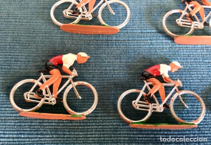 Figuras de Goma y PVC: Lote de cinco ciclistas M.Sotorres. - Foto 2 - 254201260