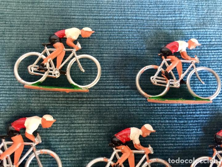 Figuras de Goma y PVC: Lote de cinco ciclistas M.Sotorres. - Foto 4 - 254201260
