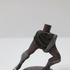 Figuras de Goma y PVC: BASE CON PIERNAS DE GLADIADOR . REALIZADO POR GAMA . SERIE ROMA Y GLADIADORES . AÑOS 50 EN GOMA. Lote 254256880