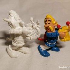 Figuras de Goma y PVC: COMICS SPAIN COLECCION ASTERIX BARDO SIN PINTAR Y PINTADA. Lote 254286245