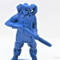 Figuras de Goma y PVC: ANTIGUA FIGURA EN PLÁSTICO. SERIE MOSQUETEROS. AÑOS 70.. Lote 254400330