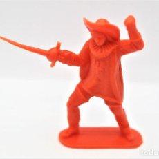 Figuras de Goma y PVC: ANTIGUA FIGURA EN PLÁSTICO. SERIE MOSQUETEROS. AÑOS 70.. Lote 254400605