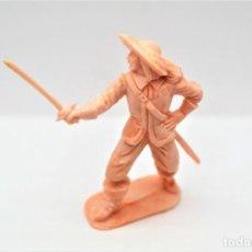 Figuras de Goma y PVC: ANTIGUA FIGURA EN PLÁSTICO. SERIE MOSQUETEROS. AÑOS 70.. Lote 254401205