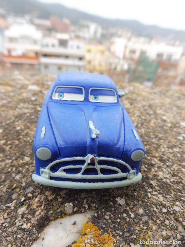 BULLYLAND FIGURA GOMA PVC DISNEY PIXAR CARS COCHE DOC HUDSON CON ETIQUETA (2) (Juguetes - Figuras de Goma y Pvc - Bully)