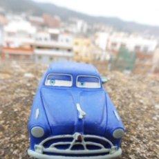 Figuras de Goma y PVC: BULLYLAND FIGURA GOMA PVC DISNEY PIXAR CARS COCHE DOC HUDSON CON ETIQUETA (2). Lote 254422185