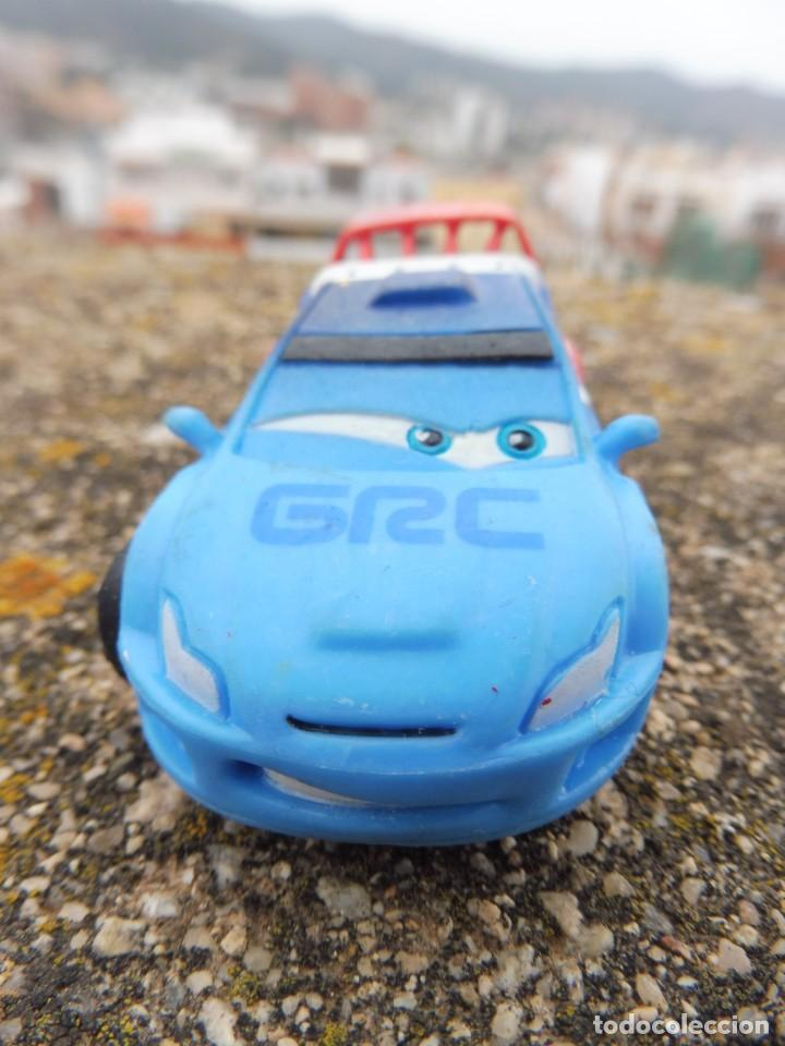 BULLYLAND FIGURA GOMA PVC DISNEY PIXAR CARS COCHE RAOUL ÇAROULE CON ETIQUETA (Juguetes - Figuras de Goma y Pvc - Bully)
