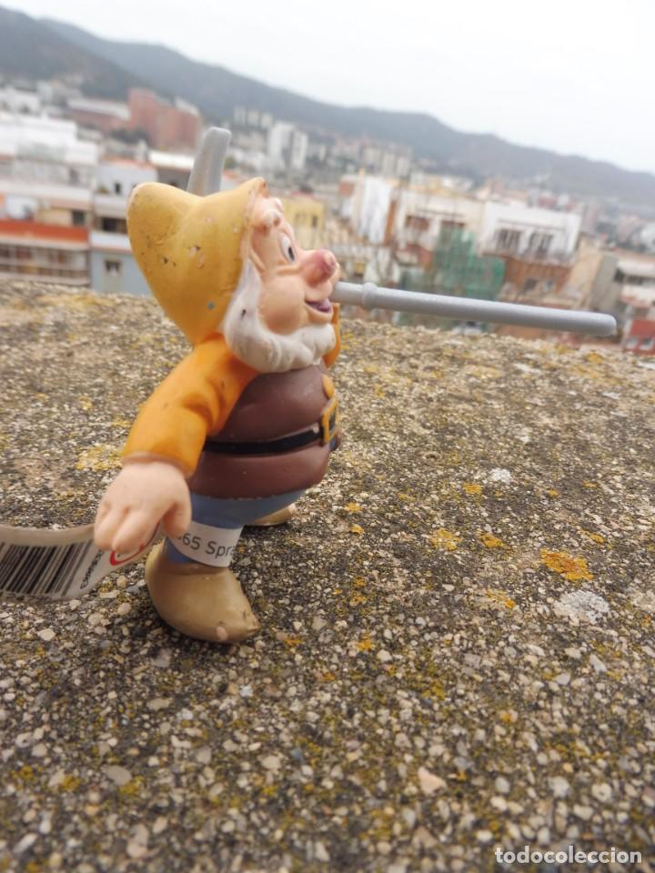 Figuras de Goma y PVC: Bullyland disney enanito pico bonachón Blancanieves con etiqueta (2) - Foto 7 - 254430775
