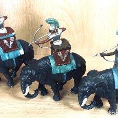 Figuras de Goma y PVC: GRANDES BATALLAS DEL MUNDO. ROMANOS CONTRA CARTAGINESES. ELEFANTES. GBM. AÑOS 60. BATALLA DE ZAMA. Lote 254533370