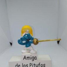 Figuras de Goma y PVC: PITUFO ESGRIMA - PEYO - SCHLEICH. Lote 254538775