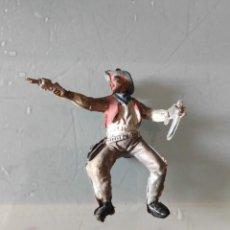 Figuras de Goma y PVC: VAQUERO LAFREDO AÑOS 50 GOMA DIFÍCIL PECH. Lote 254592575