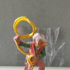 Figuras de Goma y PVC: VAQUEROS INDIOS LAFREDO AÑOS 50 GOMA DIFÍCIL PECH EXPLORADORES. Lote 254597430