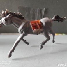 Figuras de Goma y PVC: VAQUEROS INDIOS LAFREDO PLÁSTICO CABALLO L PECH EXPLORADORES CABO RUSTY. Lote 254606910