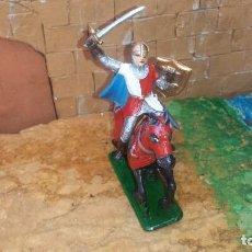Figuras de Goma y PVC: GUERRERO MEDIAVAL CON CABALLO DE GOMA DE JECSAN. Lote 254927570