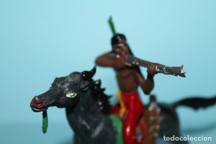 Figuras de Goma y PVC: FIGURA DEL OESTE. INDIO A CABALLO, DISPARANDO. PINTURA ORIGINAL. AÑOS 60. COMANSI. - Foto 5 - 255451745