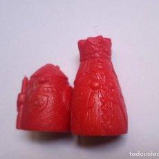 Figuras de Borracha e PVC: AJEDREZ DUNKIN - FIGURA SUELTA - REINA Y PEÓN ROJO. Lote 255474245