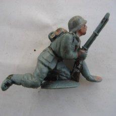 Figuras de Goma y PVC: SOLDADO ALEMAN. PECH. PLASTICO. Lote 255497170