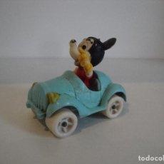 Figuras de Goma y PVC: CURIOSO COCHE MICKEY GOMA RARO NO INDICA FABRICANTE. Lote 257469135