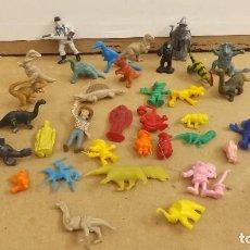 Figuras de Goma y PVC: LOTE FIGURAS DUNKIN - PHOSKITOS - YOPLAIT- ETC. Lote 257678280