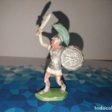 Figuras de Goma y PVC: FIGURA ROMANO CON ESPADA Y ESCUDO OLIVER. Lote 257728415