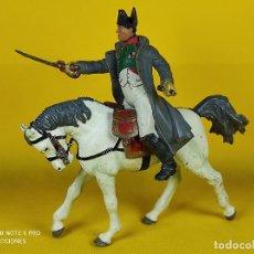 Figuras de Goma y PVC: PAPO NAPOLEÓN A CABALLO. Lote 257732925
