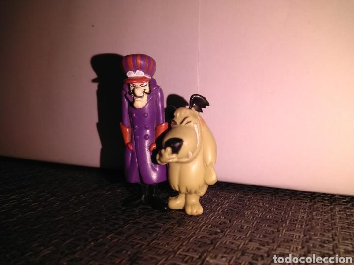 Figuras de Goma y PVC: Figura 5,5 cm de alto PVC Pierre Nodoyuna o Dick Dastardly Autos Locos y Figura risitas patan - Foto 3 - 257734370