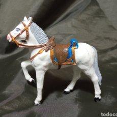 Figuras de Goma y PVC: CABALLO BLANCO GOMA DESFILE REAMSA GOMARSA SOLDIS. Lote 259000580