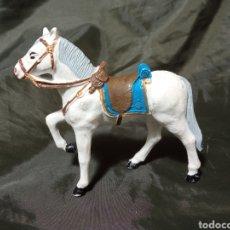 Figuras de Goma y PVC: CABALLO BLANCO DE GOMA DESFILE REAMSA GOMARSA SOLDIS. Lote 259002390